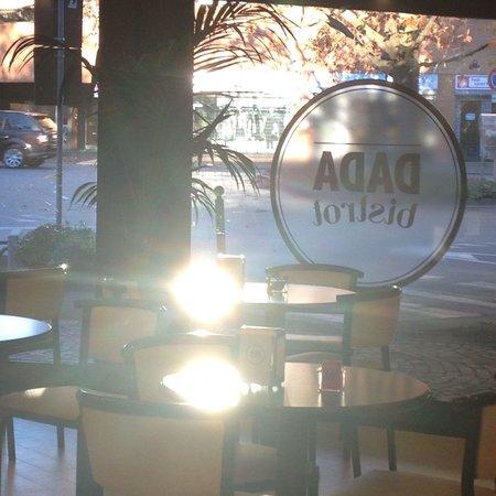 Una mattina di novembre al Dada bistrot... Nonostante il freddo fuori, dentro il calore avvolgen