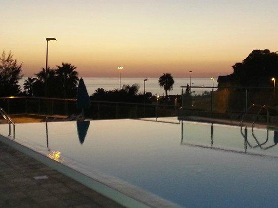 Hotel Terraza Amadores: Sunset