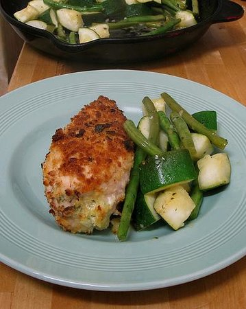 Poulet Chicken Food