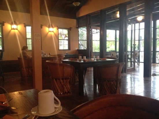 X'tan Ha Resort: Temple Run Tavern Restaurant