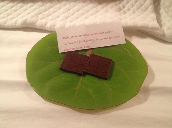 X'tan Ha Resort: one night we got chocolates! :-)