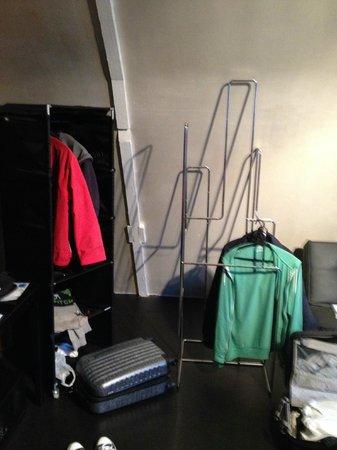 Hotel V Frederiksplein: Ikea style closet