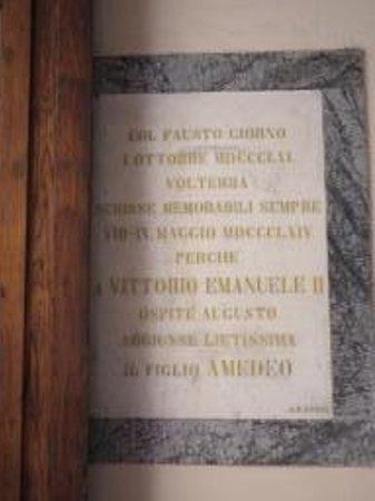 Palazzo Viti : Targa ricordo visita del Re