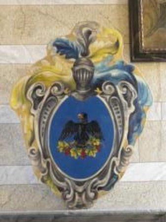 Palazzo Viti : Stemma nobiliare