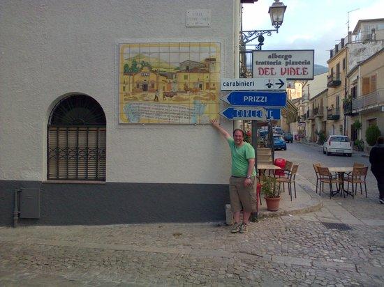 Albergo Ristorante Pizzeria Del Viale: Mural pintoresco