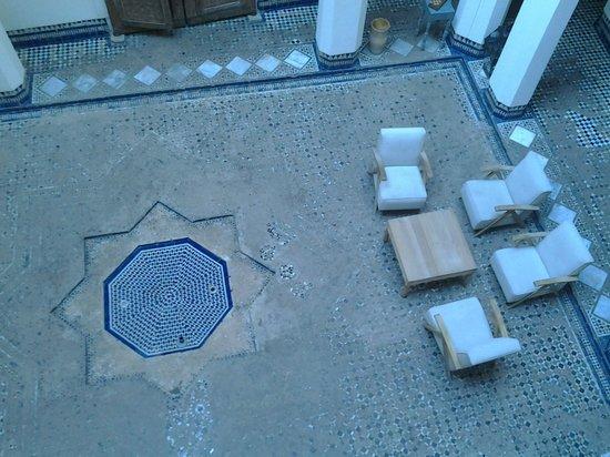 Hotel & Spa Riad Dar Bensouda : le patio depuis la chambre