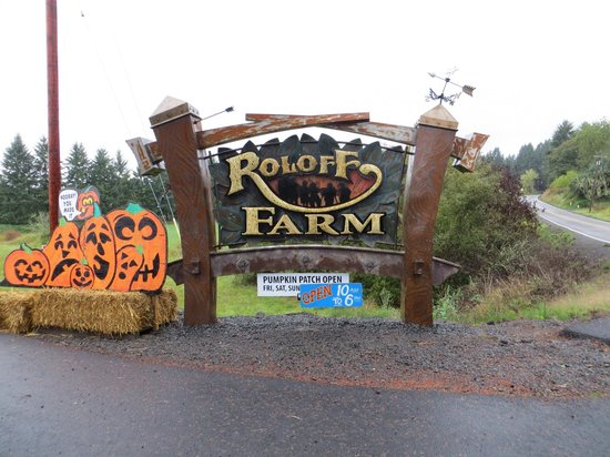 Sign Going Into The Farm Picture Of Roloff Farms Hillsboro Tripadvisor