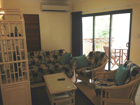 Freestyle Resort Port Douglas: Lounge Area
