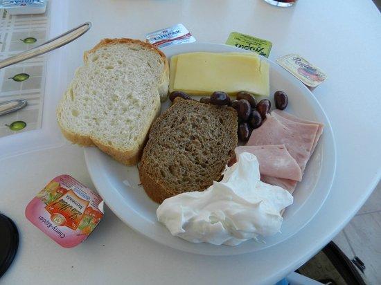 Avra Hotel: ...la colazione...