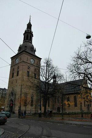 Oslo Cathedral (Oslo Domkirke): exterior