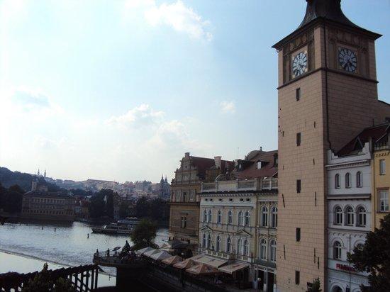 Charles Bridge Palace : Прага, вид из отеля Charles Bridge.
