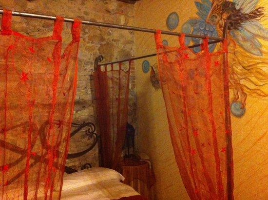Corte Dei Folletti : Bedroom of suite at ground floor