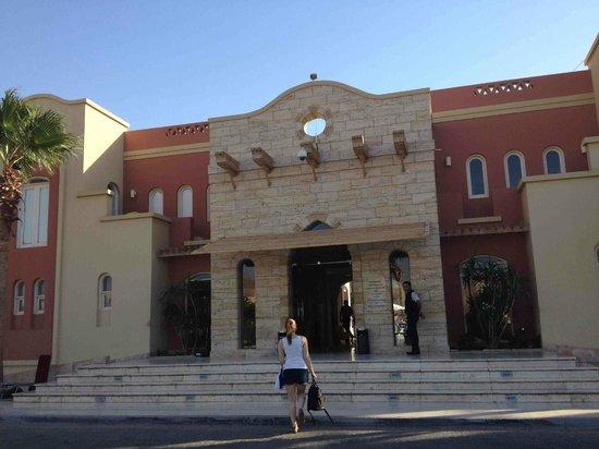 Marina Plaza Hotel Tala Bay : Hotel Entrance Marina Plaza