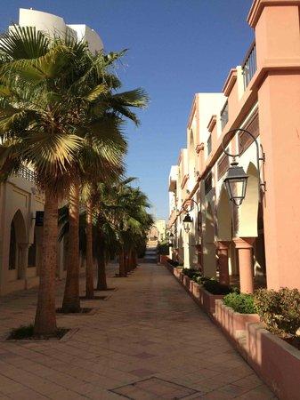 Marina Plaza Hotel Tala Bay : A nice and quiet street of Tala Bay