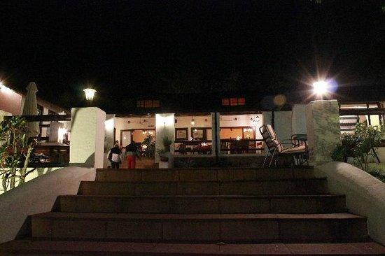 Rissington Inn: night-time