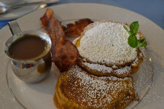 Captain's House Inn: Pumpkin Pancakes - So Seasonal