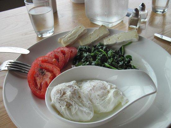 BEST WESTERN PLUS Lighthouse Hotel: assiette petit déjeuner