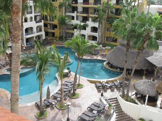 Marina Fiesta Resort & Spa: Pool veiw from 5th floor