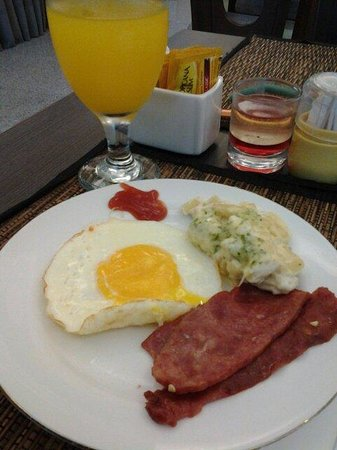 Sun Boutique Hotel Managed by BENCOOLEN: Breakfast
