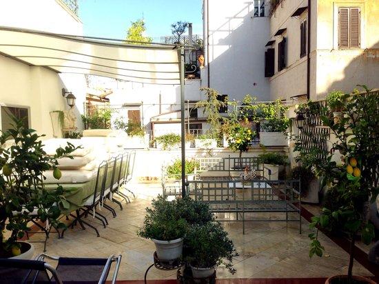 Di Rienzo Pantheon Palace : Terrace