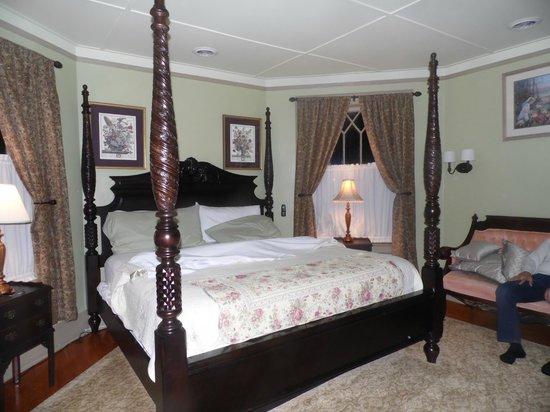 Union Gables Inn: Linda Room