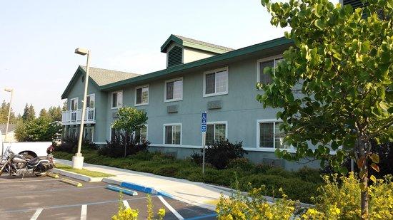 BEST WESTERN Rose Quartz Inn: Gepflegtes Hotel