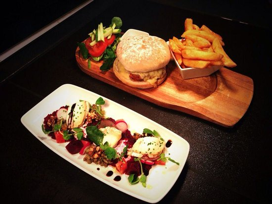 The Coventry Arms: Baked goats cheese starter and a pork, apple and chorizo burger.