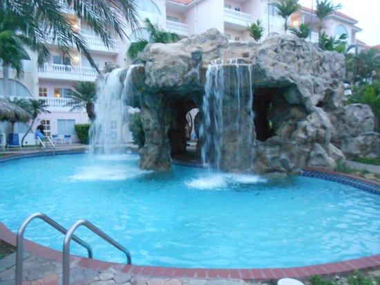 Tropicana Aruba Resort & Casino: La cascada