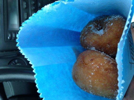 Urban Sugar Cafe: Traditional Donuts