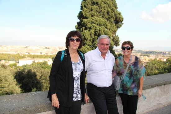 All Around Italy : Alberto and the 2 of us in Rome