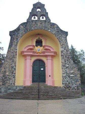 Gruta de Lourdes Alta Gracia: Capilla de lA Virgen