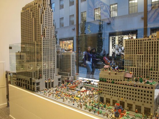scale model of Rockefeller Center - Picture of The LEGO Store, New ...