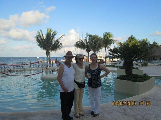 Cancun Bay Resort: en la piscina