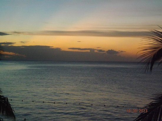 Royal Decameron Montego Beach: Sunset from room