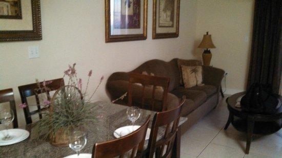 Celadon Beach Resort: Living room