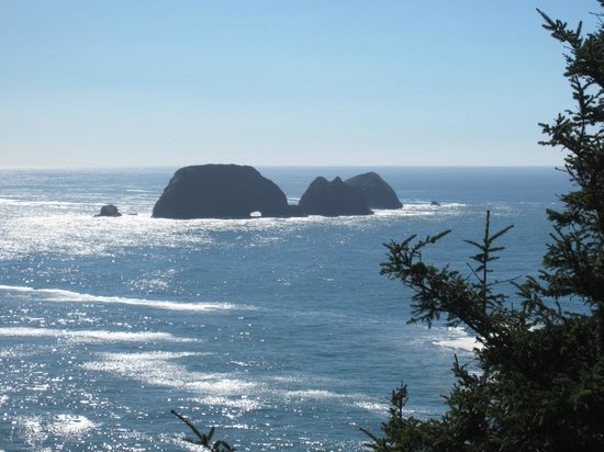 Cape Meares Lighthouse and Wildlife Refuge: Views from Cape Meares