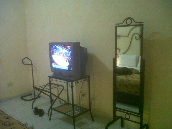 Buganvillas Hotel Suites & Spa: el Televisor