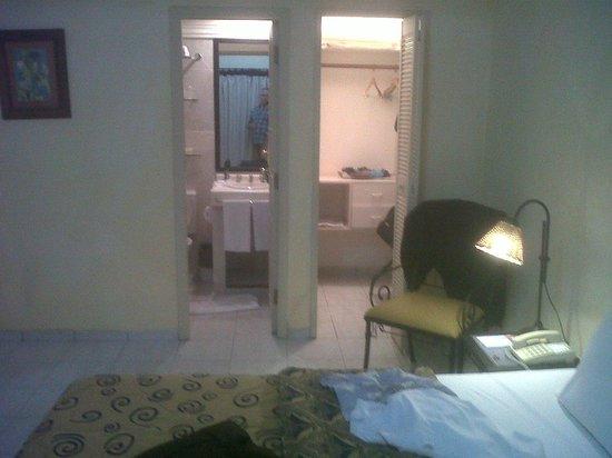 Buganvillas Hotel Suites & Spa: El baño