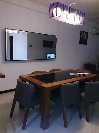 Likas Square Apartment Hotel: spacious