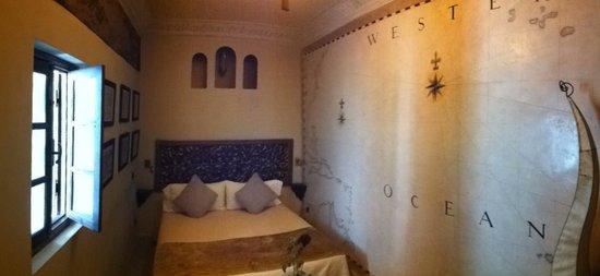Riad Aguaviva : Habitación Mapas