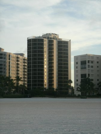 Pointe Estero Resort: view of hotel from beach