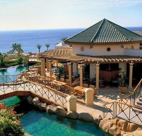 Hyatt Regency Sharm El Sheikh Resort: Exterior/ Pool