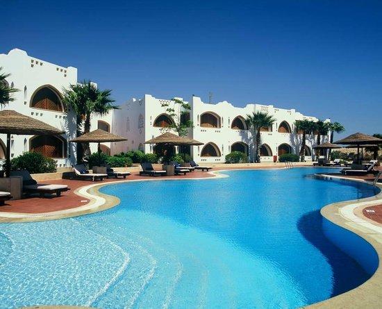 Domina Coral Bay Prestige Hotel: Pool