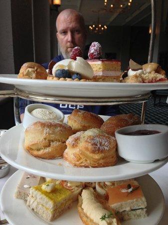 Fairview Dining Room : so many tasty treats