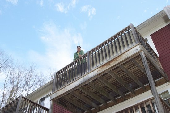 Christmas Farm Inn & Spa: Carriage House 10 balcony