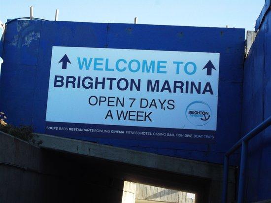 Brighton Marina: entrance