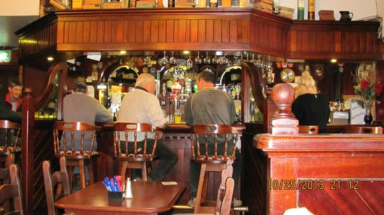 Murphy's Pub & Bed & Breakfast: Part of Bar @ Murphy's Pub, Dingle