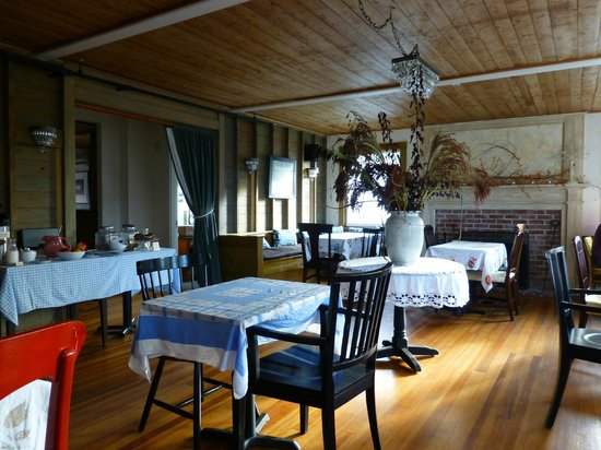 Nebo Lodge: Cozy Dining Area