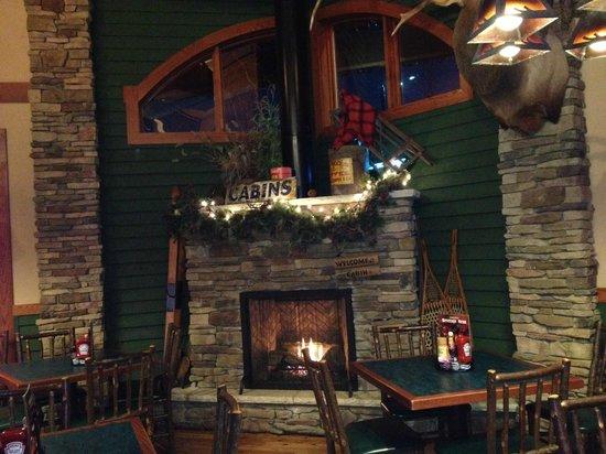 D Michael B's Resort Bar & Grill: Fireplace