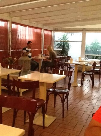 City Guest House : Café da manhã - muito acolhedor
